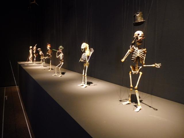 Marionetes de Harry V. Tozer, MAE