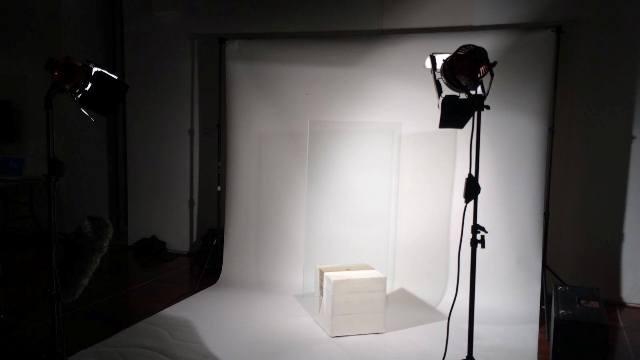 Enric Farrés, objecte ficció