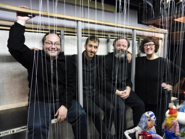 Marionetarium, Herta Frankel, Nadala