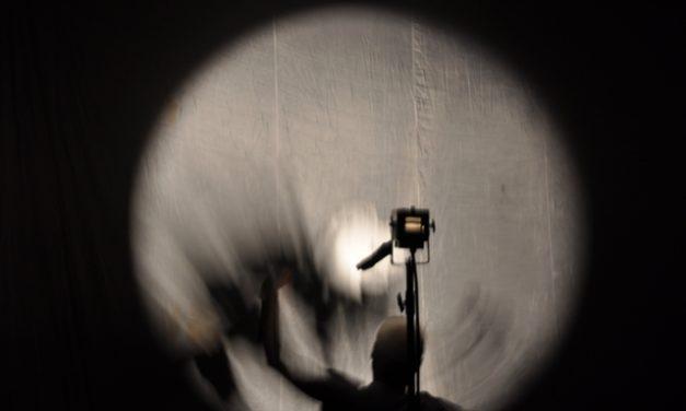 Ombres i llums, amb Fabrizio Montecchi, per Elena Mesa