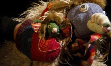 'DEPUIS… LES PINGOUINS VOLENT', de la cia. Samoloet, de França-Rússia, al Festival Internacional de Titelles de Gavà