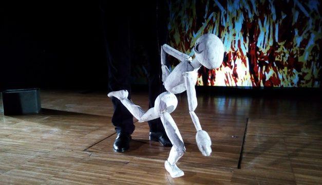 'Identitats', de Rocamora Teatre, guanya el Premi al Millor Espectacle Dramàtic al Festival de Nanchong, Xina