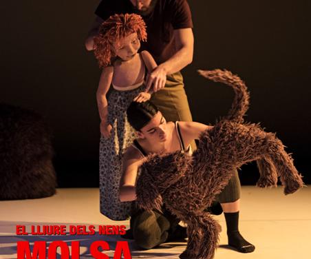 Molsa, titelles i dansa al Teatre Lliure, per Damià Barbany
