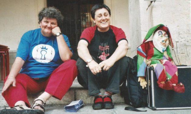 Empar Claramunt, del Teatre Buffo i El Marionetari de València: vocació i entrega a l'art dels titelles