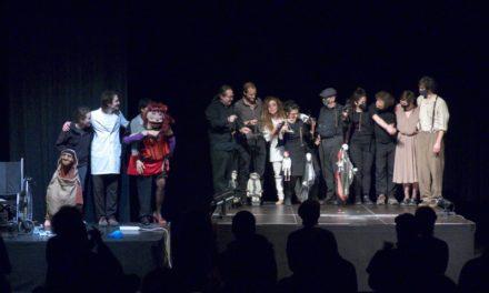 El Cabaret del Taller de Marionetes de Pepe Otal, a la Lleialtat Santsenca de Barcelona