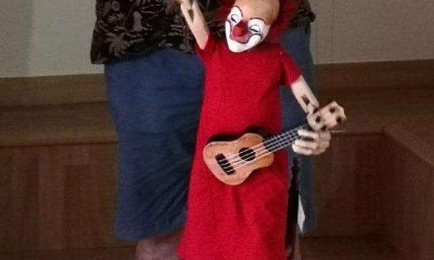 Una marioneta de Jordi Bertran per celebrar el 125 aniversari del naixement de Charlie Rivel a Cubelles